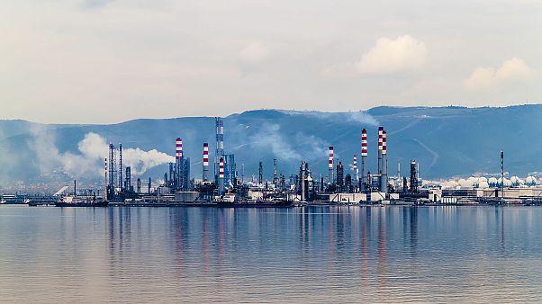 ترکیه: در پی متقاعد کردن آمریکا برای خرید نفت خام ایران هستیم