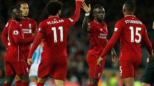 Premier League: il Liverpool ne fa 5 e mette la freccia al Manchester City