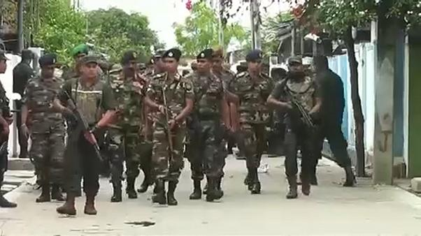 Шри-Ланка: перестрелки, взрывы, аресты
