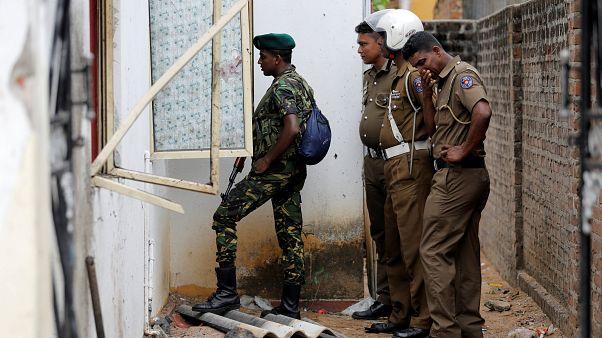 پلیس سریلانکا در عملیاتی اجساد ۱۵ نفر از جمله ۶ کودک را پیدا کرد
