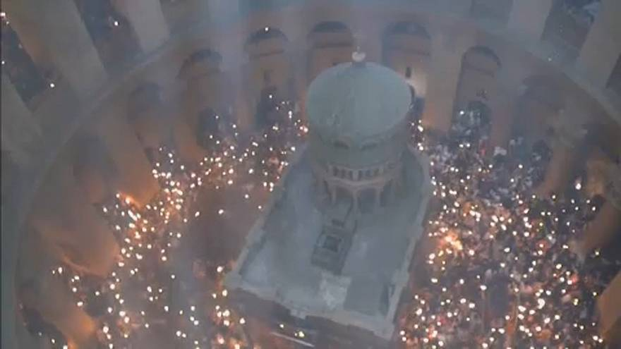 Orthodox christians celebrate Holy Fire in Jerusalem