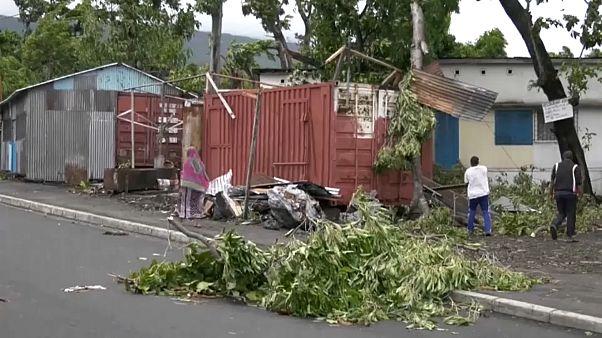شاهد: آثار الدمار الذي خلفه إعصار كينيث في جزر القمر