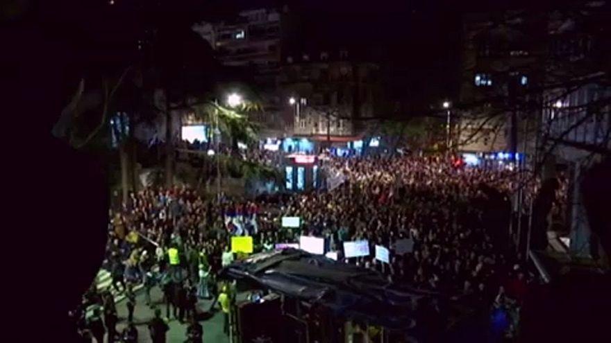 Protestos antigovernamentais em Belgrado