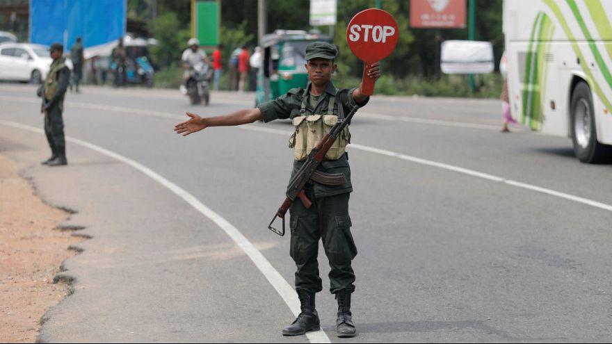 حمله پلیس به مظنونان بمبگذاریهای سریلانکا؛ پدر و دو برادر کشته شدند