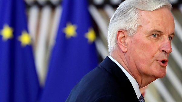 """Brexit: Barnier """"chiama"""" May e Corbyn all'accordo"""