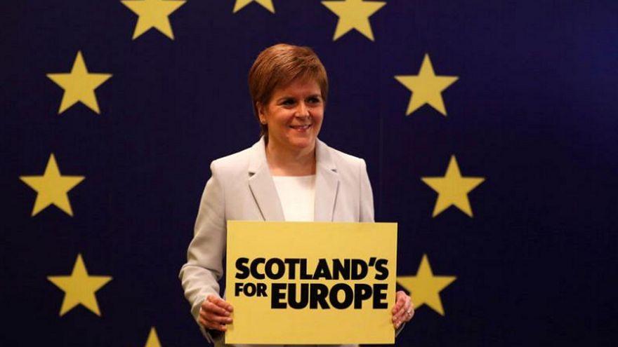 """رئيسة وزراء إسكتلندا نيكولا ستيرجن: """"من الضروري اختيار مستقبلنا"""""""