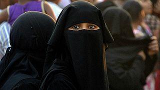 ممنوعیت پوشش برقع در سریلانکا پس از انفجارهای مرگبار عید پاک