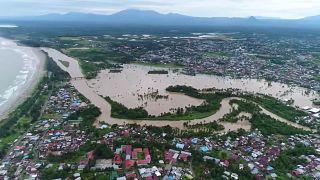 Seuchengefahr nach Überschwemmungen in Indonesien