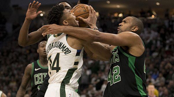 Los Celtics derrotan a los Bucks en el primer partido de semifinales de la Conferencia Este