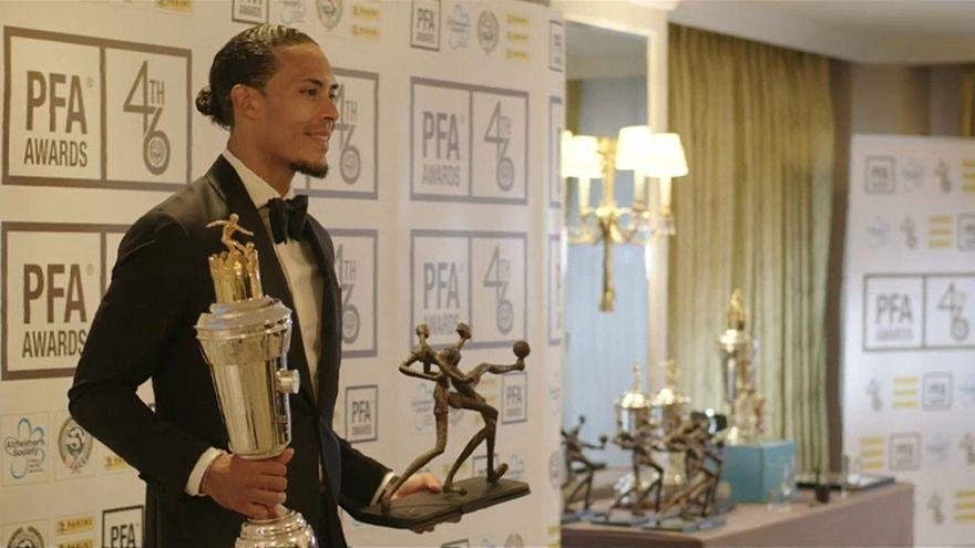 شاهد: تتويج مدافع ليفربول فان دايك بجائزة رابطة اللاعبين المحترفين