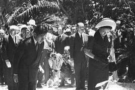 Japan's Prince and Princess mourn the victims of Battle of Okinawa - 1975