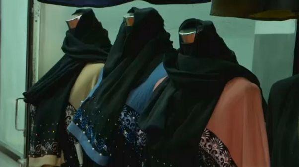 Sri Lanka proíbe vestuário que tape o rosto
