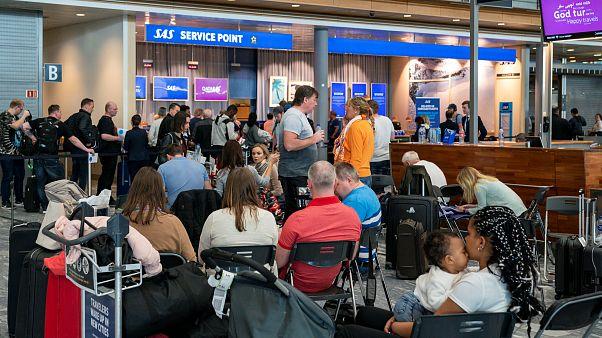 Folytatódik a SAS sztrájk újabb járatokat töröltek