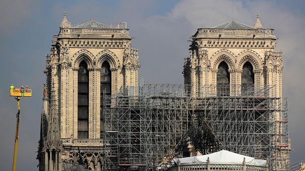 França prepara reconstrução de Notre-Dame