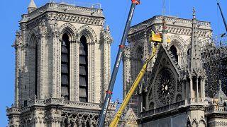 من أعمال الترميم في كاتدرائية نوتردام