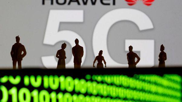 ABD: Huawei'ye 5G şebekesini açan ülkelerle istihbarat paylaşımını gözden geçireceğiz
