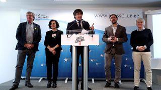 Eski Katalan lider Puigdemont AP seçimlerine aday olamayacak