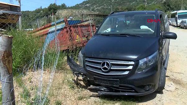 الحافلة الصغيرة بعد الحادث