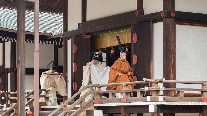 Arrancam cerimónias de abdicação do trono no japão