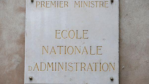 Макрон упразднит Национальную школу администрации