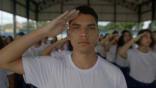 Mehr Drill an Brasiliens Schulen