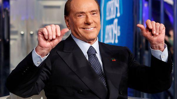İtalya eski Başbakanı Berlusconi böbrek ağrısı şikayetiyle hastaneye kaldırıldı