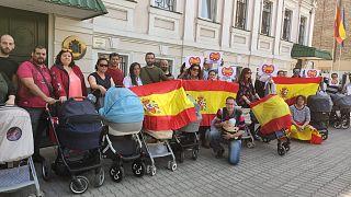 """Familias españolas """"atrapadas"""" y """"abandonadas"""" en Ucrania por sus hijos de maternidad subrogada"""
