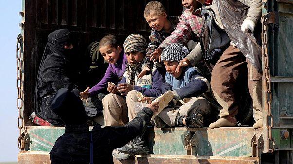 أطفال داعش: بين رسوم متحركة داخل الزنزانات والجوع وأمل العودة للديار