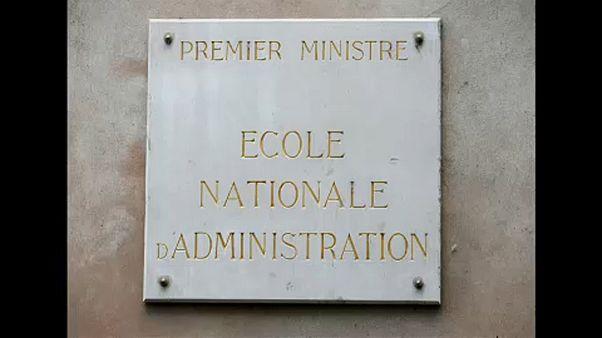 Bezáratná Macron a francia elitegyetemet
