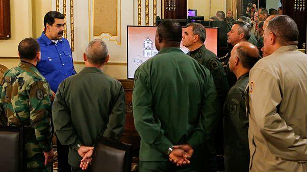 پمپئو: مادورو آماده فرار به کوبا بود روسیه نگذاشت