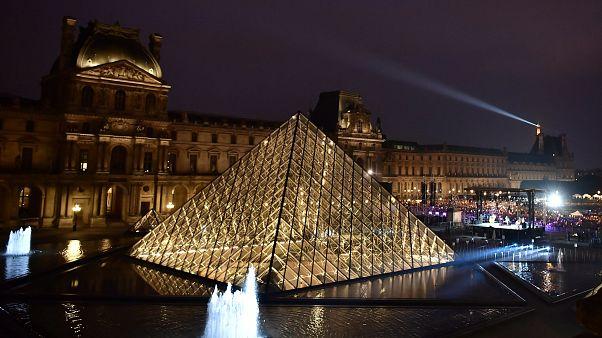Invitée par la Joconde, elle passe une nuit au musée du Louvre