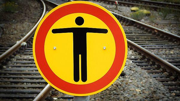 Ινδία: Τρεις νεαροί χτυπήθηκαν από τρένο την ώρα που έβγαζαν selfie