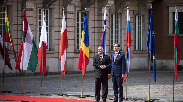 Varsavia ricorda l'adesione all'EU di 15 anni fa