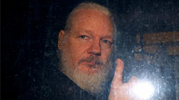 السجن لمدة 50 أسبوعا بحق جوليان أسانج مؤسس موقع ويكيليكس
