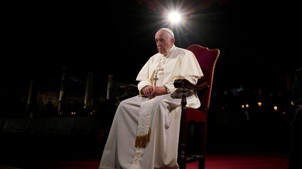 """رسالة من شخصيات محافظة تطالب الأساقفة بإعلان البابا فرنسيس """"مهرطقا"""""""