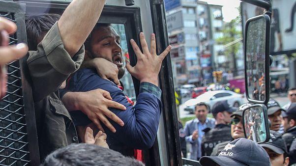 İstanbul'da 1 Mayıs gösterileri için Taksim'e çıkmak isteyenlere polis müdahalesi: En az 137 gözaltı