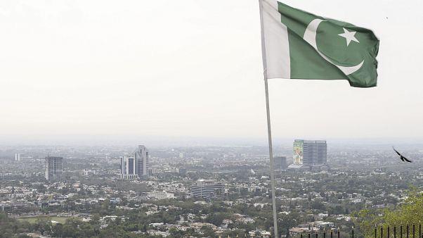 Pakistan, Gülen Cemaati'ne bağlı okulları yasaklı örgüt listesine aldı