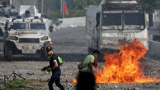 La crise bat son plein au Venezuela : un nouveau mort et des blessés