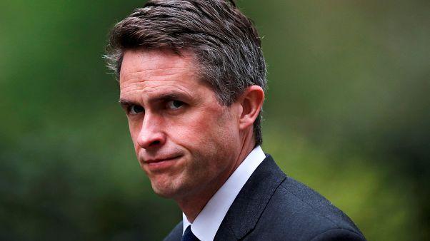 İngiliz Savunma Bakanı Williamson Huawei iddialarının ardından görevden alındı
