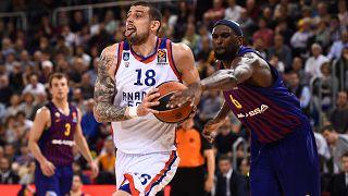 Fenerbahçe Beko ve Anadolu Efes Avrupa Basketbol Ligi Dörtlü Final'inde birbirine rakip oldu