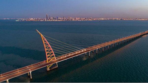 """هل يضع المشرعون الكويتيون عقبات أمام مشروع """"مدينة الحرير""""؟"""