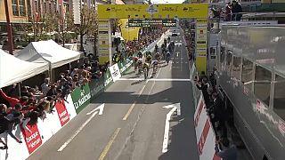 Tour de Romandie: Roglic gewinnt Etappe 1