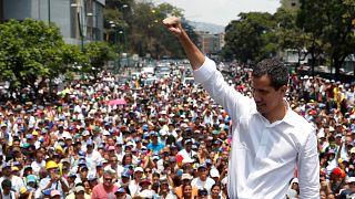 احتجاجات ضد مادورو وسط خلاف أمريكي-روسي حول الوضع في فنزويلا