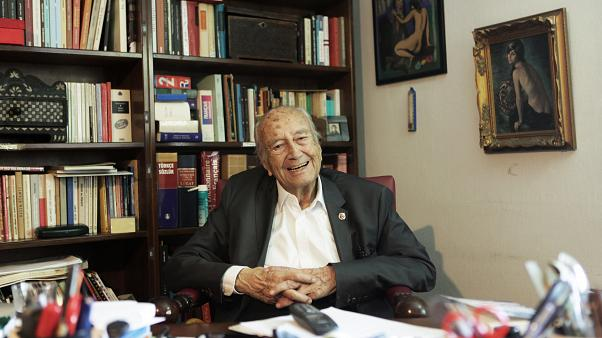 96 yaşındaki gazeteci Hıfzı Topuz: Hiçbir dönemde bu kadar gazeteci tutuklanmadı