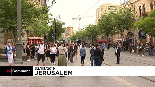 Szirénazúgás Izraelben a holokauszt áldozataiért