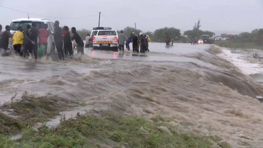 """Flood-hit Mozambique in """"urgent need"""" of large-scale international aid - United Nations"""
