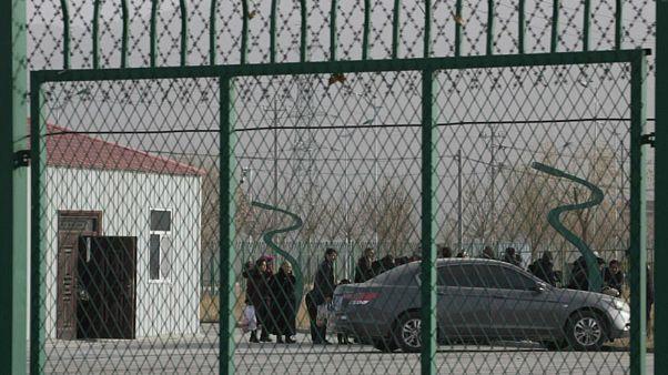 چین؛ طراحی یک اپلیکیشن موبایل برای نظارت بر فعالیت روزمره مسلمانان اویغور