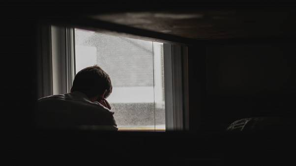 ¿Puede realmente la serie 'Por trece razones' aumentar el número de suicidios de adolescentes?