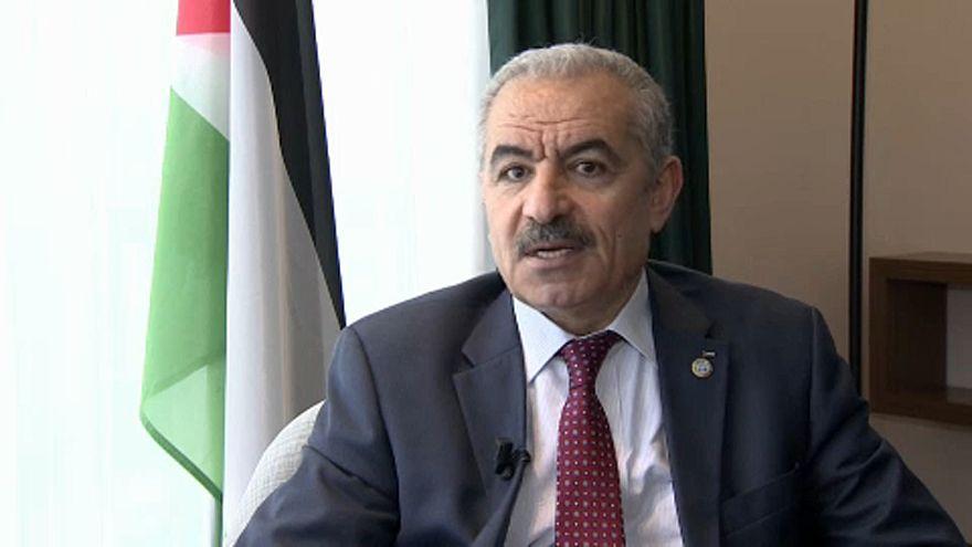 لقاءٌ خاص -  رئيس الحكومة الفلسطينية: معسكر السلام في إسرائيل قد انهار تماماً