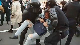 Mais de 100 detidos em manifestações na Rússia